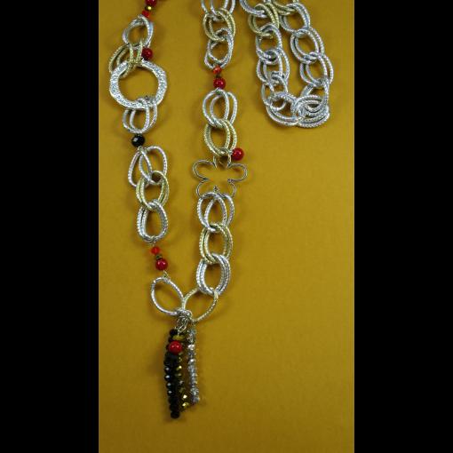 Colgante de cadenas y cristal checo
